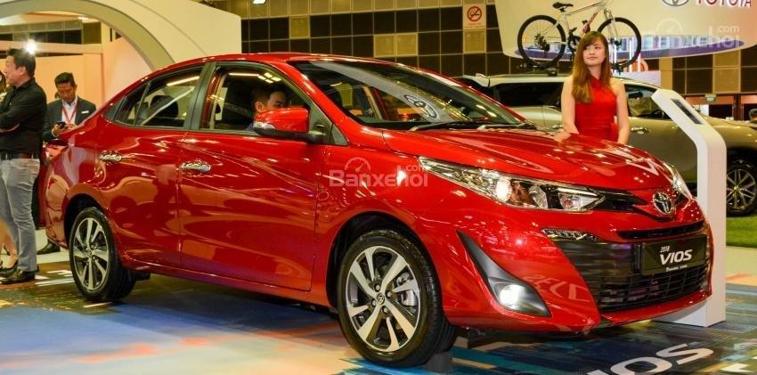 Đánh giá xe Toyota Vios 2018 (1)