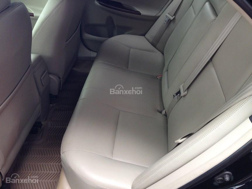 Bán xe Corolla altis chính chủ chạy ít, còn như mới (8)