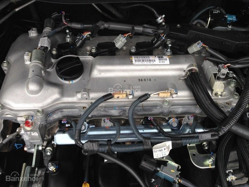 Bán xe Corolla altis chính chủ chạy ít, còn như mới (11)