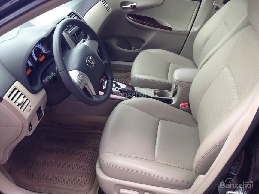 Bán xe Corolla altis chính chủ chạy ít, còn như mới (7)