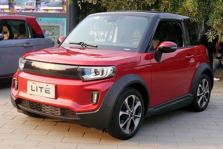 Xe ô tô điện Trung Quốc giá hơn 300 triệu đồng có gì hay? 3.
