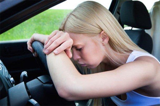 4 rắc rối khi lái xe ô tô số sàn mà cánh tài xế thường gặp phải 1.