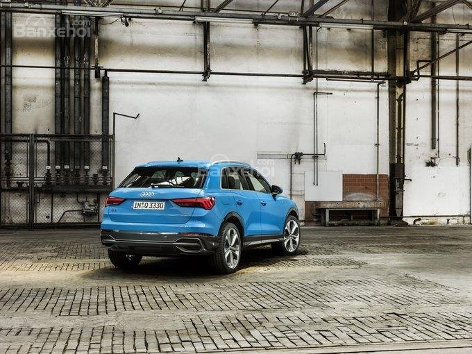 Đánh giá xe Audi Q3 2019: Khoang hành lý rộng rãi hơn.