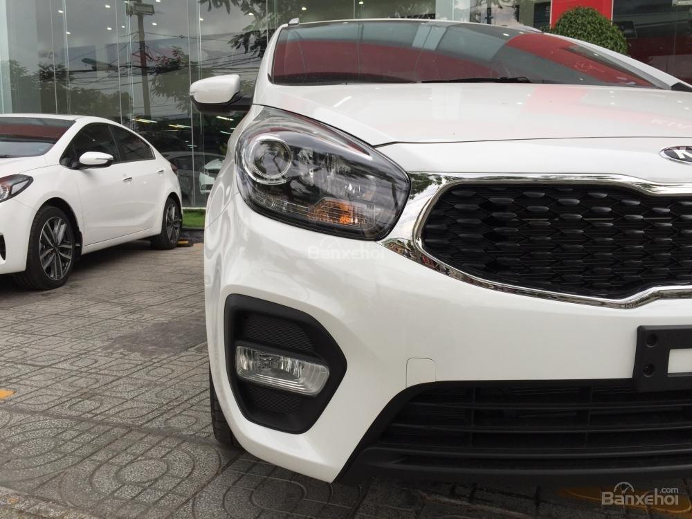 Bán xe Kia Rondo 7 chỗ GMT 2018, màu trắng, giá chỉ 609 triệu, hỗ trợ vay 90%, không chứng minh thu nhập-5