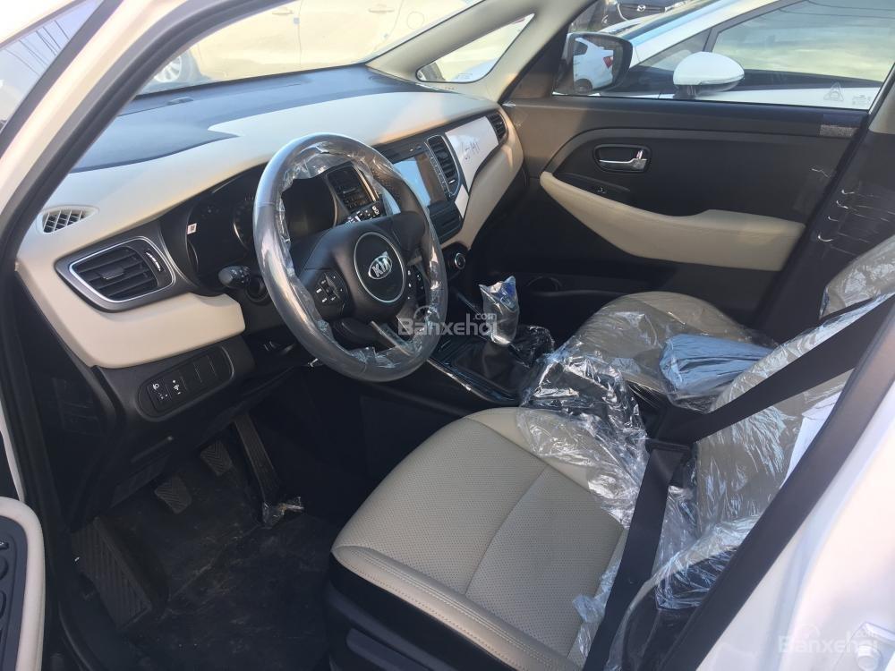 Bán xe Kia Rondo 7 chỗ GMT 2018, màu trắng, giá chỉ 609 triệu, hỗ trợ vay 90%, không chứng minh thu nhập-9