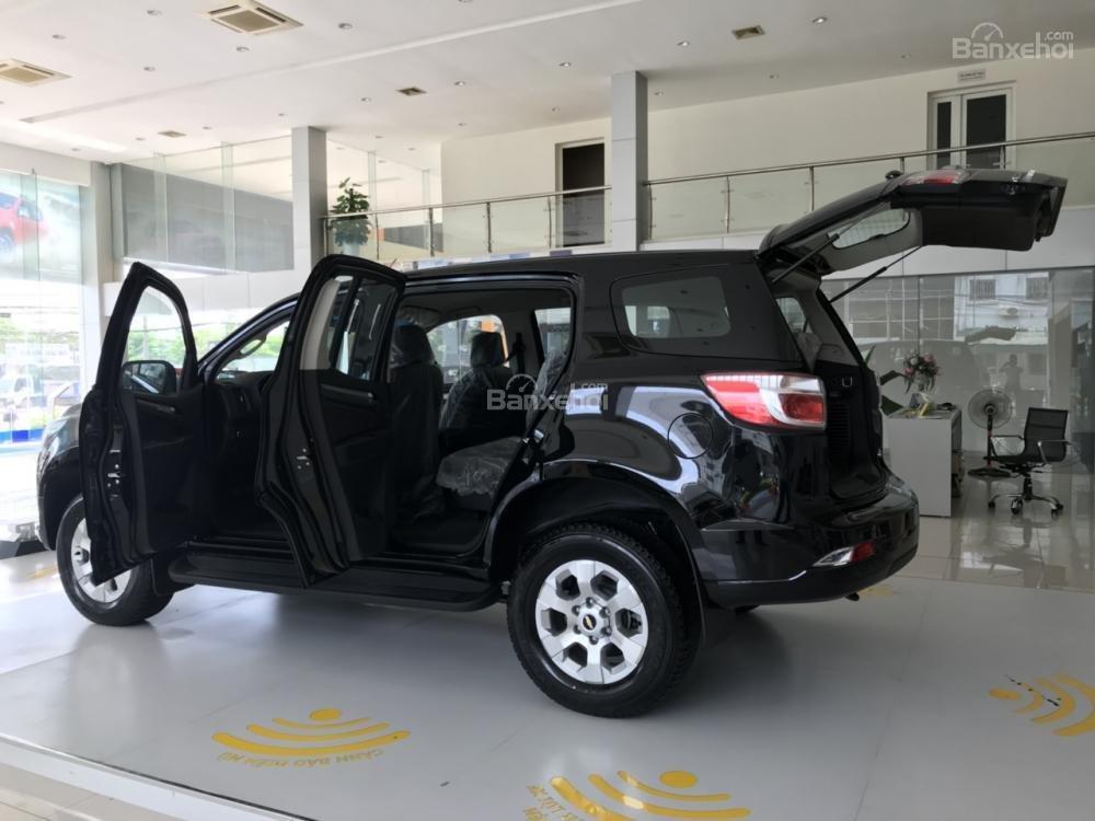 Bán Chevrolet Trailblazer năm 2018, màu đen, nhập khẩu nguyên chiếc, giảm mạnh 40 triệu đồng tiền mặt-0