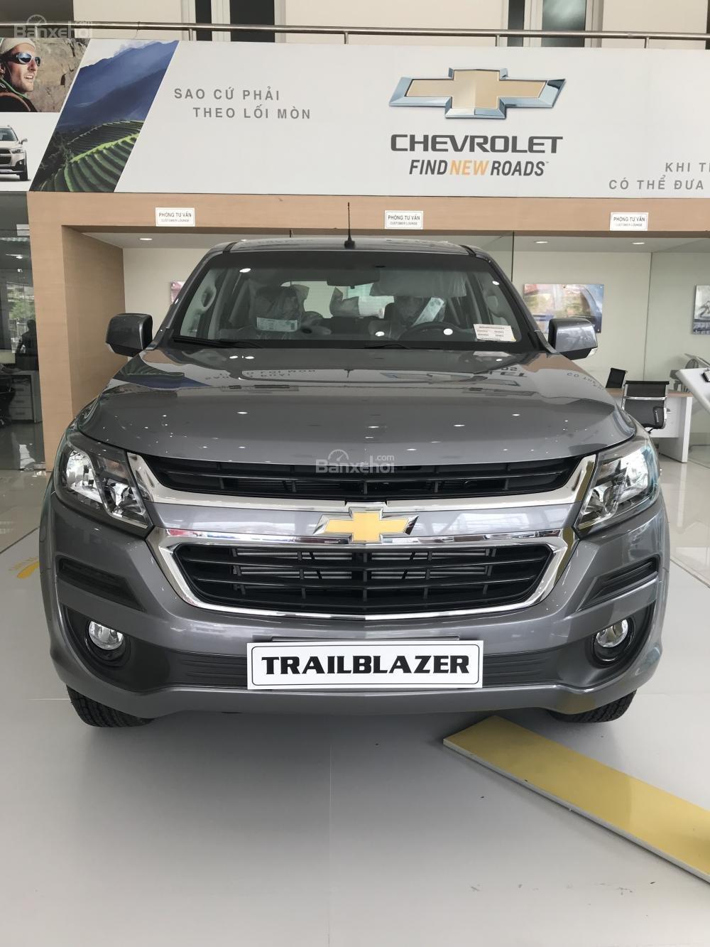 Bán ô tô Chevrolet Trailblazer 2018, xe nhập, giảm ngay 40 triệu, LH 0904016692-0