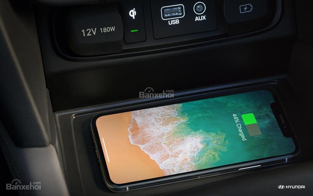Sạc điện thoại không dây trên Hyundai Santa Fe 2019 sắp bán tại Việt Nam ..