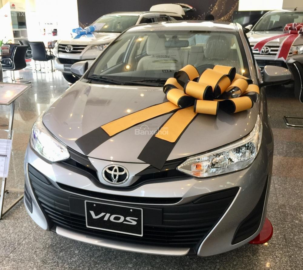 Toyota Vios E MT 2019- giảm 20 trđ chỉ còn 470 trđ tại Toyota Tân Cảng- trả góp lãi 0%- LH ngay 0901.92.33.99 (1)