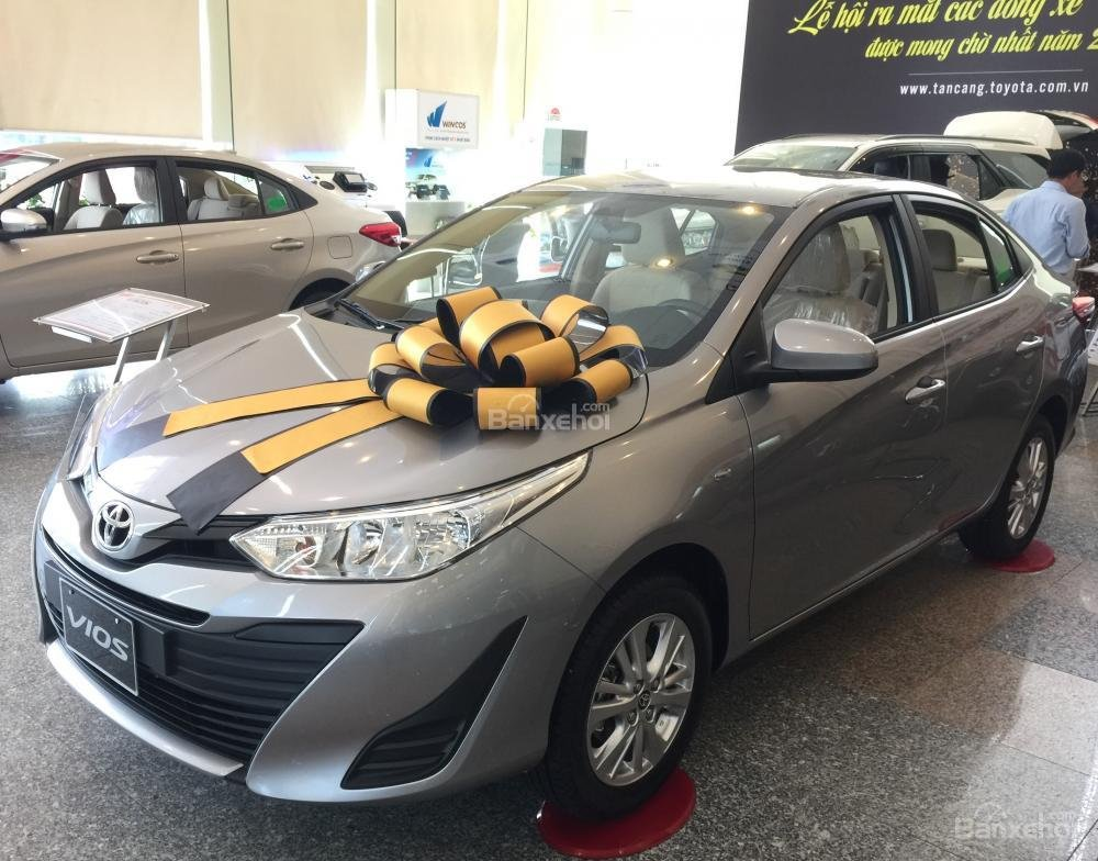 Toyota Vios E MT 2019- giảm 20 trđ chỉ còn 470 trđ tại Toyota Tân Cảng- trả góp lãi 0%- LH ngay 0901.92.33.99 (2)