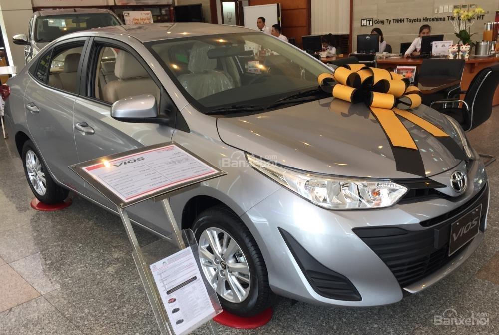 Toyota Vios E MT 2019- giảm 20 trđ chỉ còn 470 trđ tại Toyota Tân Cảng- trả góp lãi 0%- LH ngay 0901.92.33.99 (3)