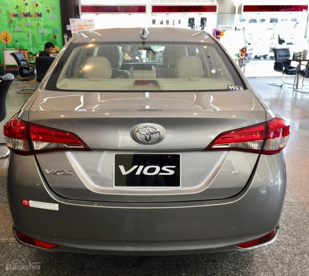Toyota Vios E MT 2019- giảm 20 trđ chỉ còn 470 trđ tại Toyota Tân Cảng- trả góp lãi 0%- LH ngay 0901.92.33.99 (4)