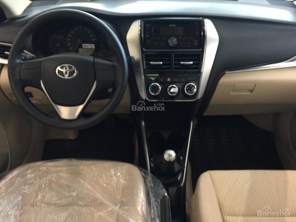 Toyota Vios E MT 2019- giảm 20 trđ chỉ còn 470 trđ tại Toyota Tân Cảng- trả góp lãi 0%- LH ngay 0901.92.33.99 (6)