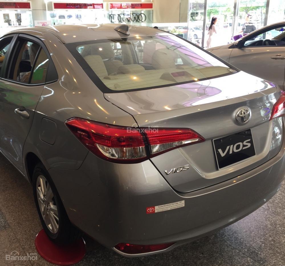 Toyota Vios E MT 2019- giảm 20 trđ chỉ còn 470 trđ tại Toyota Tân Cảng- trả góp lãi 0%- LH ngay 0901.92.33.99 (8)