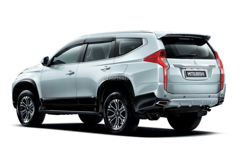 chi tiết Mitsubishi Pajero Sport 2018 8