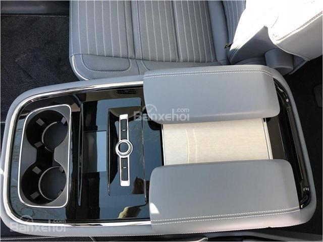 Đánh giá xe Lincoln Navigator 2018 về trang bị tiện nghi 5a