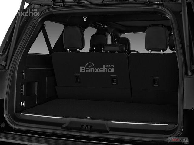 Đánh giá xe Lincoln Navigator 2018: Khoang hành lý rộng rãi hàng đầu phân khúc.