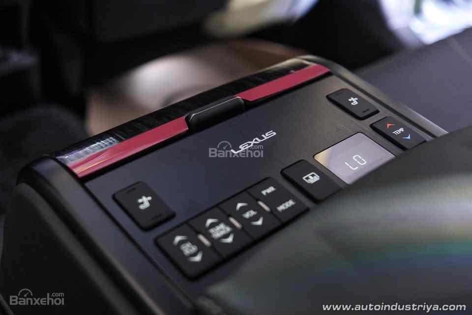 Lexus ES 350 2019 cập nhật mới với giá gần 2 tỷ đồng - 5