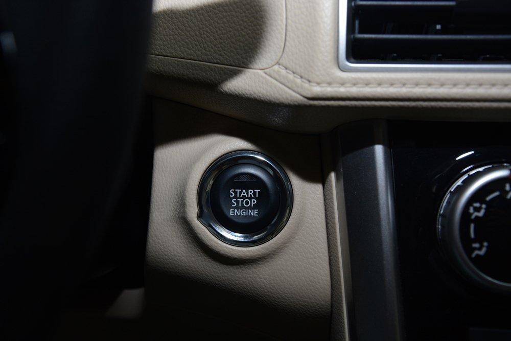 Đánh giá xe Mitsubishi Xpander 2019 1.5 AT: Điều khiển hành trình Cruise control 1