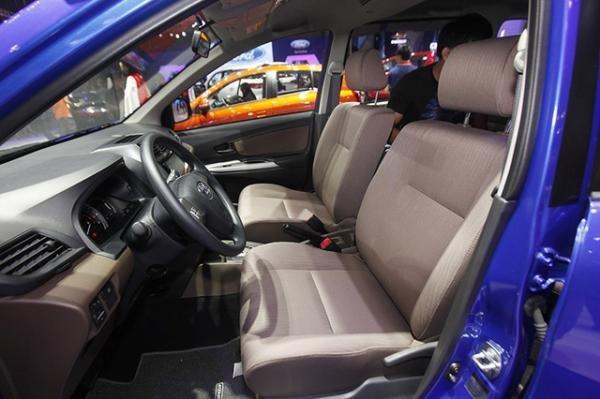 So sánh Mitsubishi Xpander và Toyota Avanza về ghế ngồi 6
