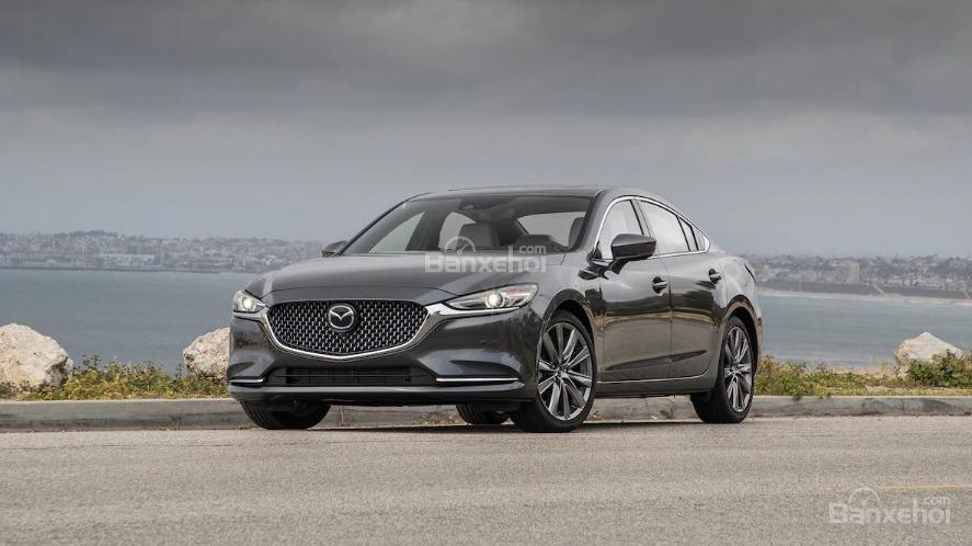 So sánh xe Mazda 6 2.5T và Mazda CX-5 2018: Sedan hay crossover? - Ảnh 1.