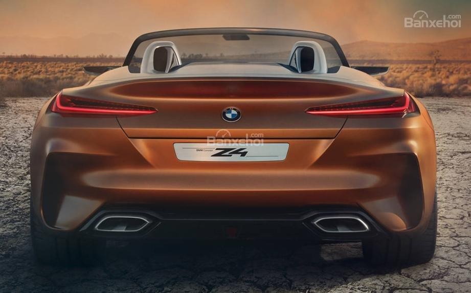 So sánh BMW Z4 thế hệ cũ và mới về đuôi xe 2a