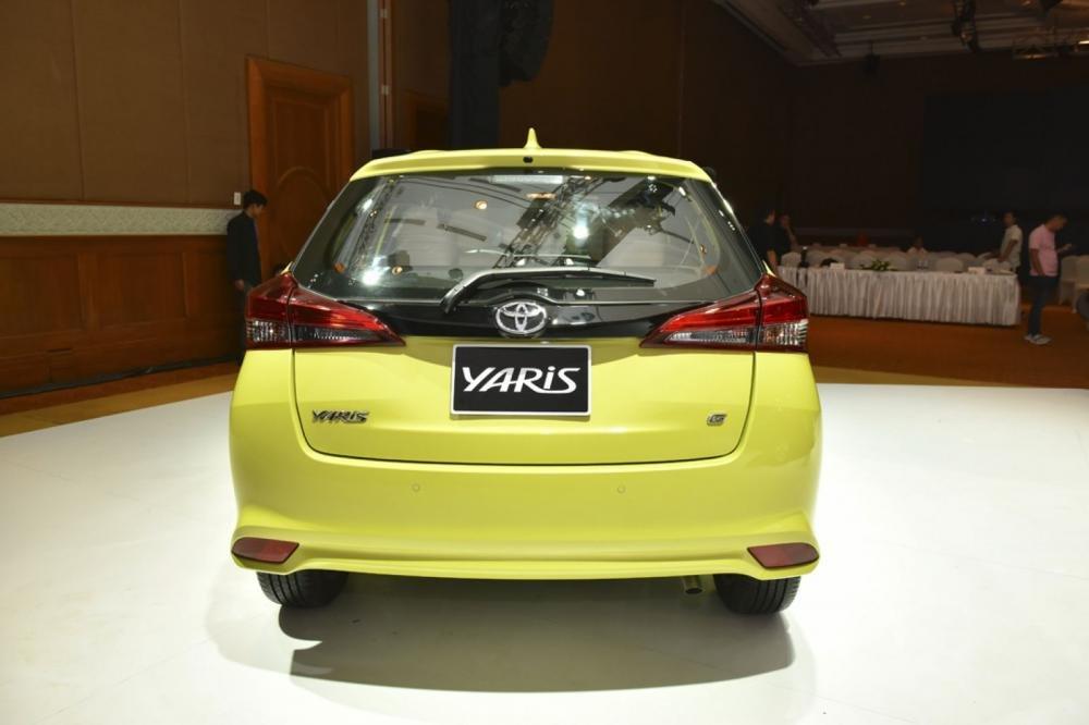 Đánh giá xe Toyota Yaris G 2019: Đuôi xe thiết kế mềm mại hơn, tập trung vào đèn hậu...