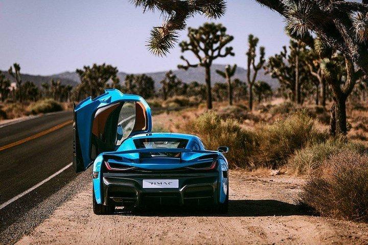 Phiên bản đặc biệt Rimac C_Two California Edition có giá hơn 54 tỷ đồng 5.