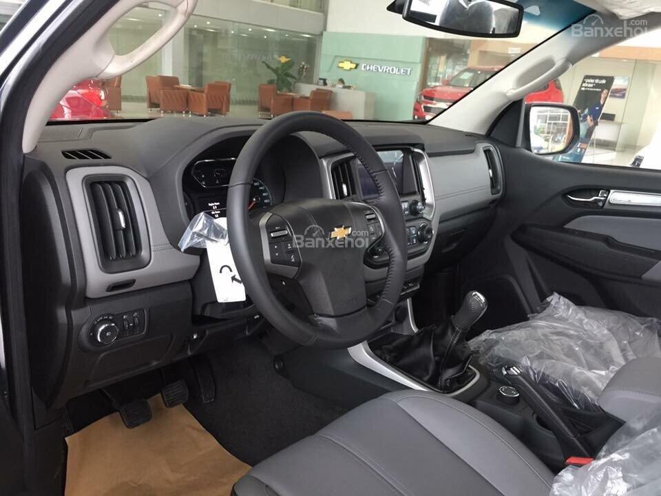 Bán Chevrolet Colorado đời 2018, KM chỉ còn 594 triệu, hỗ vay 90% giá xe, lăn bánh, đăng ký đăng kiểm-3