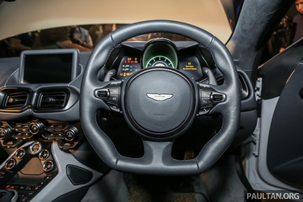Aston Martin V8 Vantage 2018 trình làng tại Malaysia, giá hơn 8 tỷ 11