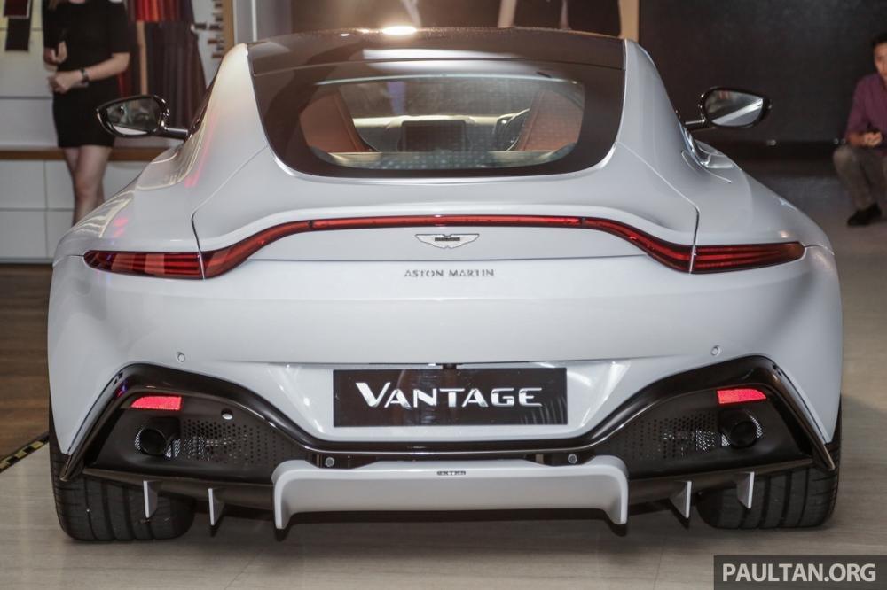 Aston Martin V8 Vantage 2018 trình làng tại Malaysia, giá hơn 8 tỷ 7