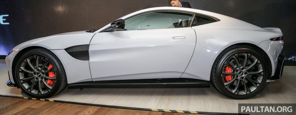 Aston Martin V8 Vantage 2018 trình làng tại Malaysia, giá hơn 8 tỷ 5