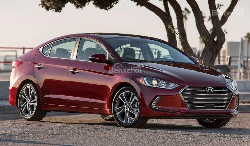 Hyundai Elantra 2019 mới và cũ về đầu xe 2a