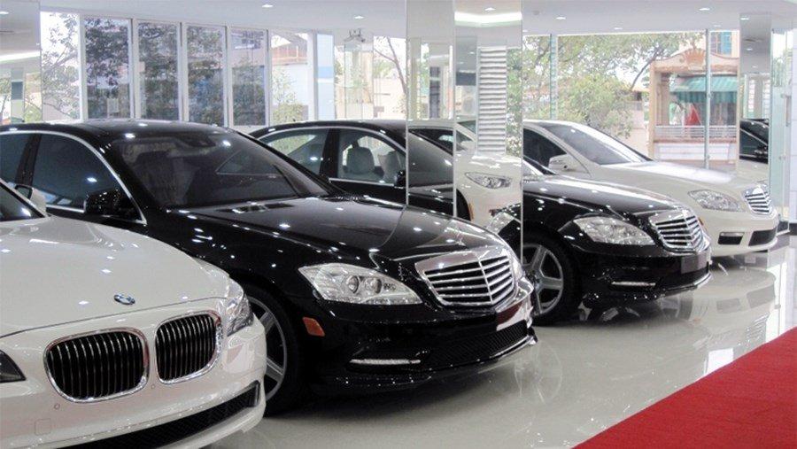 mẫu xe giảm giá trong tháng Ngâu