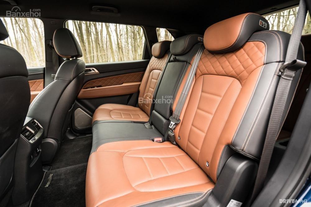 Đánh giá xe SsangYong Rexton 2018 - ghế - 2