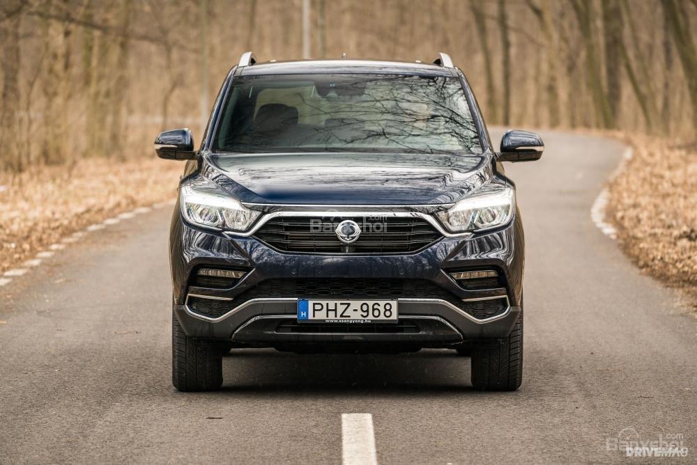 Đánh giá xe SsangYong Rexton 2018 - đầu - 1