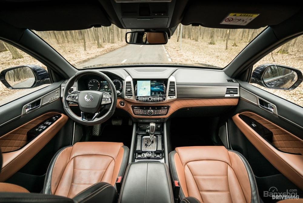 Đánh giá xe SsangYong Rexton 2018 - táp lô - 1
