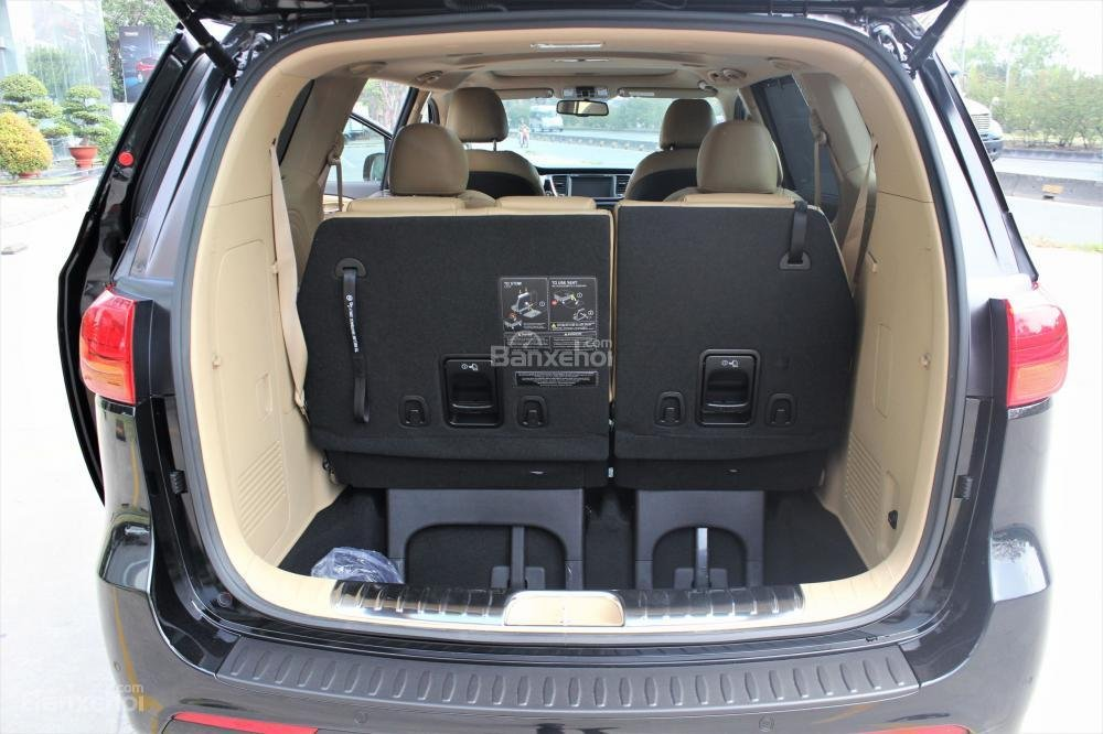 Bán Kia Sedona siêu khuyến mãi cuối tháng 8, tặng gói bảo hiểm thân vỏ cùng nhiều ưu đãi - Liên hệ: 0902.225.360-12