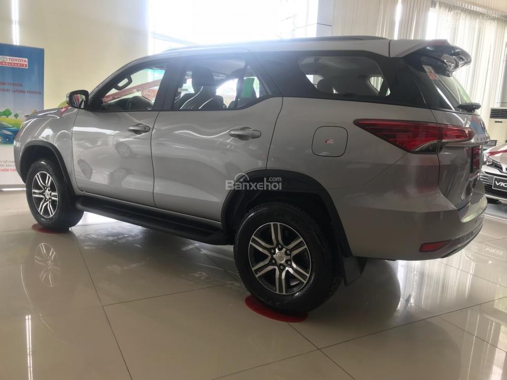 Toyota Fortuner 2.4G AT sản xuất năm 2019, lắp ráp tặng 35 triệu (7)