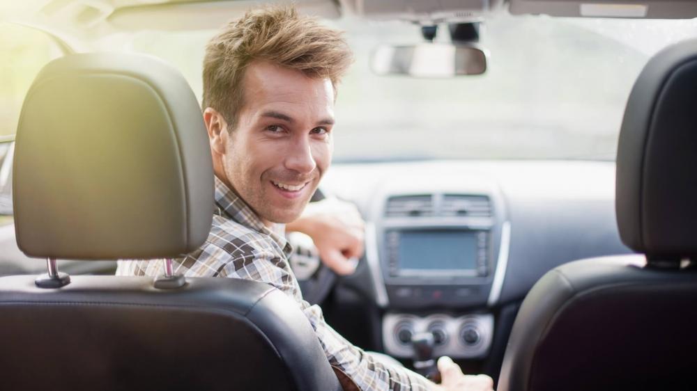 10 kinh nghiệm lái thử xe ô tô hữu ích dành cho người chuẩn bị mua xe 3.