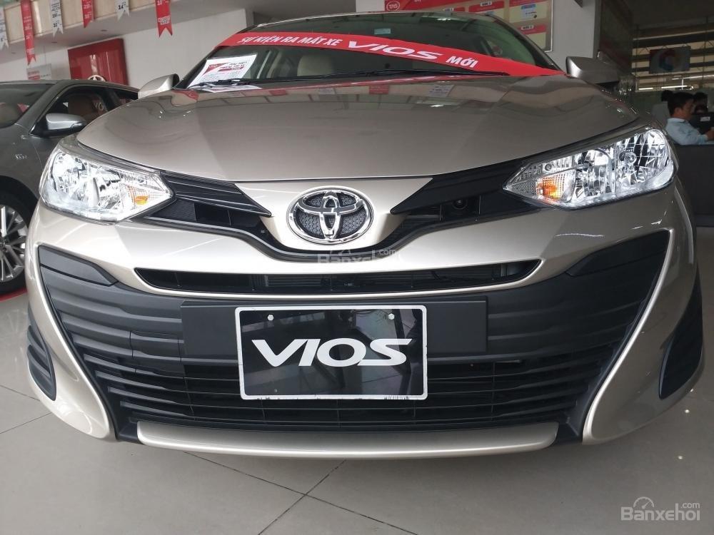 Bán Toyota Vios, trả góp lãi suất tốt 3,99%/năm, giao xe ngay cùng nhiều ưu đãi khác-0