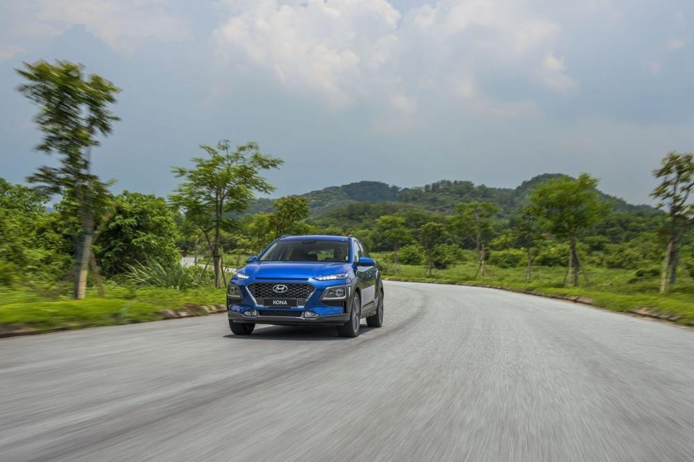 Hyundai Kona 2019 1.6 Turbo vận hành nhanh nhẹn, tăng tốc tốt và bốc 1
