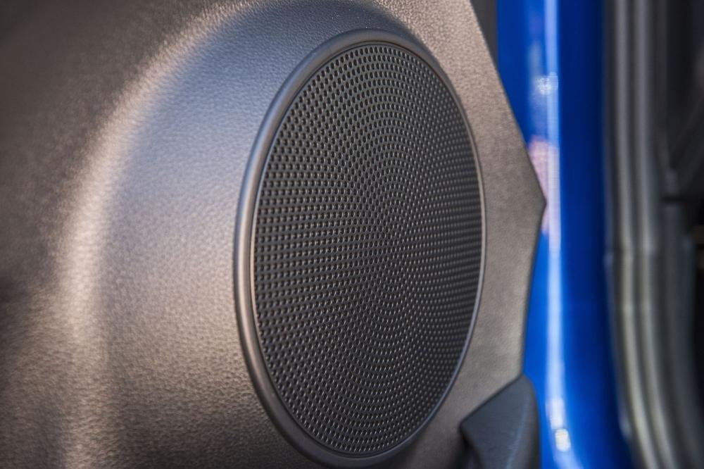 Đánh giá xe Hyundai Kona 2019 1.6 Turbo:  Loa âm thanh 1