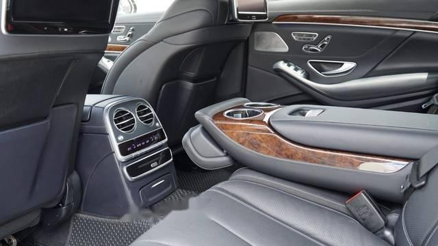 Bán xe Mercedes S400L 2017, màu đen-4