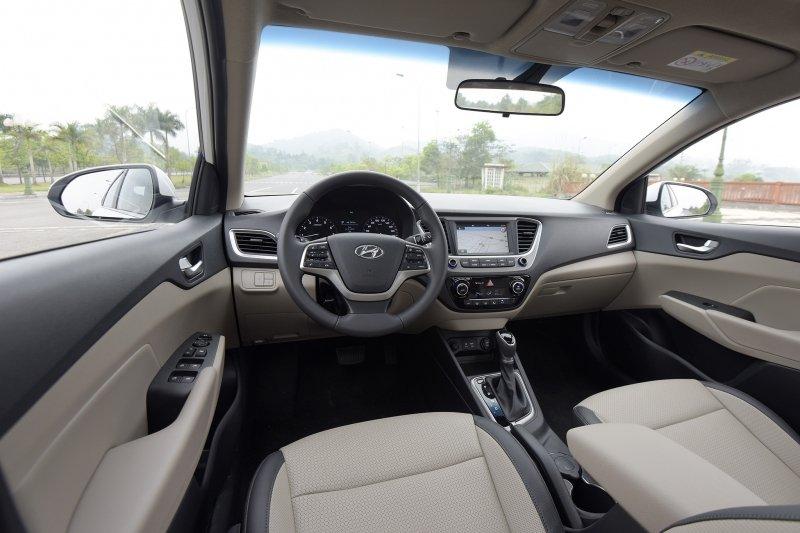 Đánh giá Hyundai Accent 2018 bản đặc biệt: Hệ thống ghế ngồi bọc da...