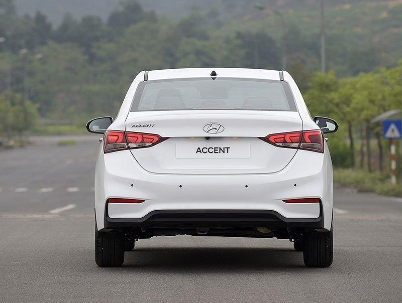 Đánh giá Hyundai Accent 2018 bản đặc biệt về thiết kế đuôi xe ,,,,