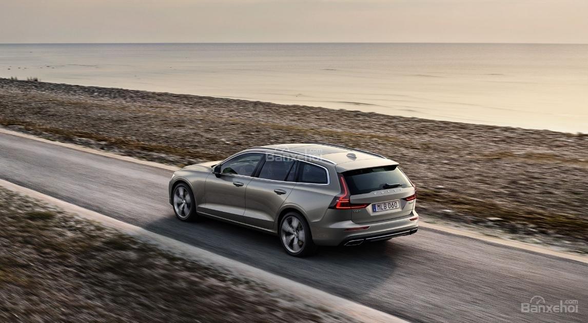 Đánh giá xe Volvo V60 2019 về trải nghiệm lái 1a