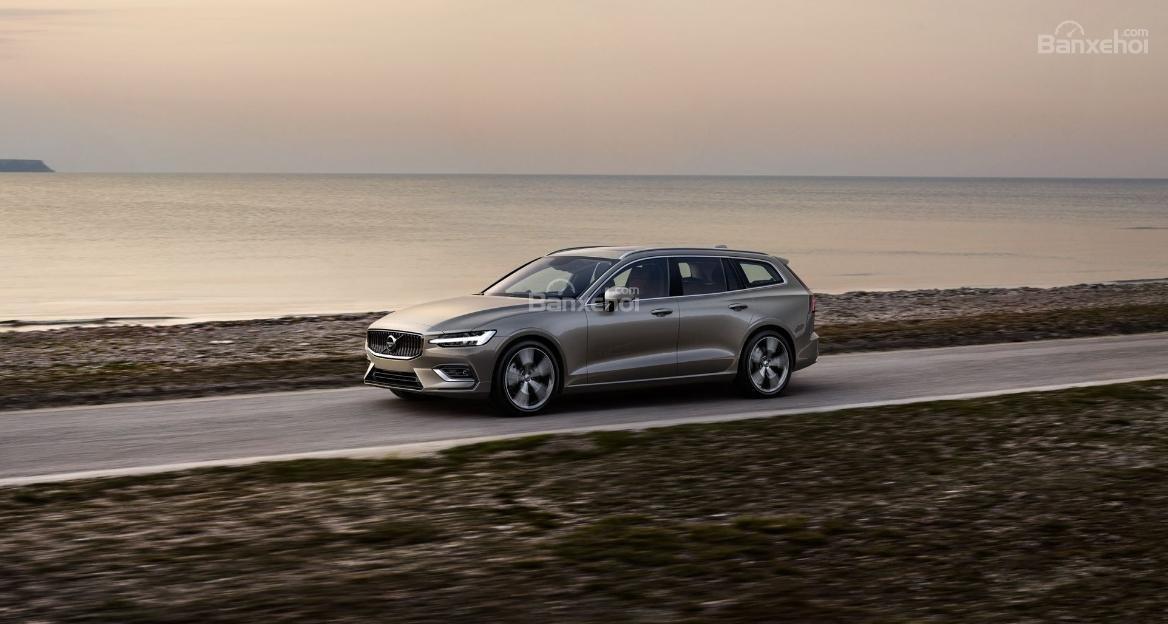 Đánh giá xe Volvo V60 2019 về trải nghiệm lái 2a