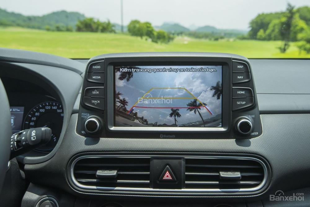 Trang bị Màn hình giải trí trên Hyundai Kona 2018