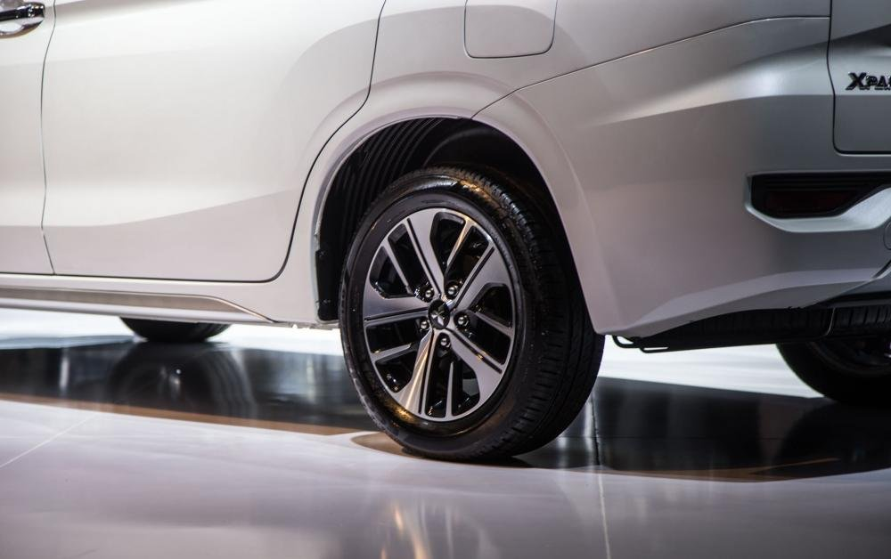 bánh xe Mitsubishi Xpander 2018